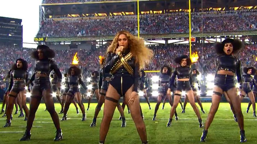 Read the Best FCC Complaints About Beyonce's Super Bowl Performance