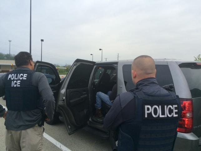 U.S. plans new wave of immigrant deportation raids