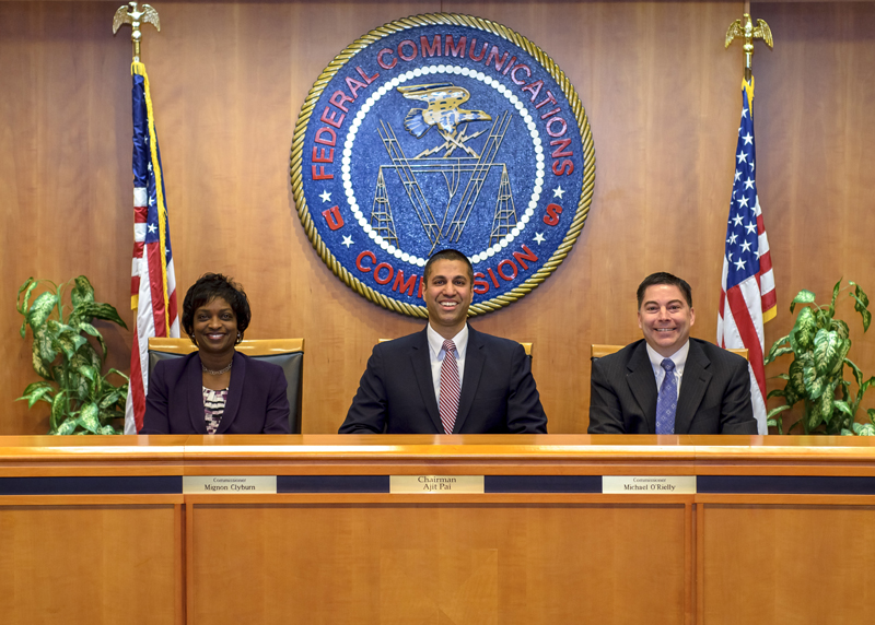 FCC helps AT&T and Verizon charge more